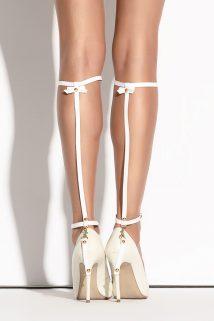 One Size Украшение на голени Me Seduce Queen of hearts Bonita, белое, OS, Категория - Белье и одежда/Аксессуары для белья и одежды/Украшения на руки, ноги, Атрикул 0T-00010601 Изображение 1